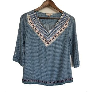 Skies Are Blue 3/4 Sleeve Embroidery Spring Top S